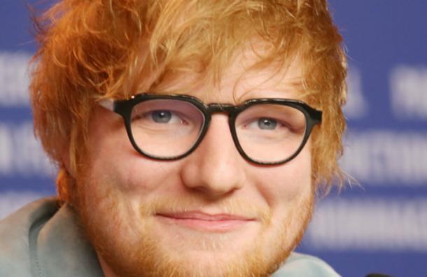 Revelan las extrañas exigencias de Ed Sheeran en sus contratos