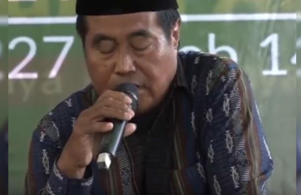 Orador murió en plena ceremonia que era transmitida en vivo por la televisión