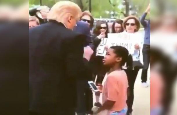 Niña encara y pone en su lugar a «Donald Trump» y se hace viral