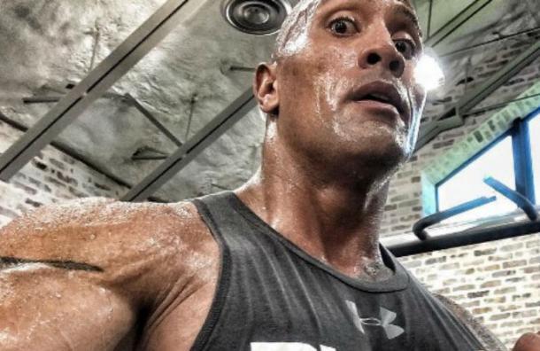Una máquina de comer: la insana dieta de La Roca para mantener esos 120 kilos de músculos